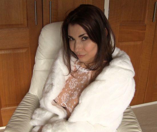 Tara Tainton in a white fur coat