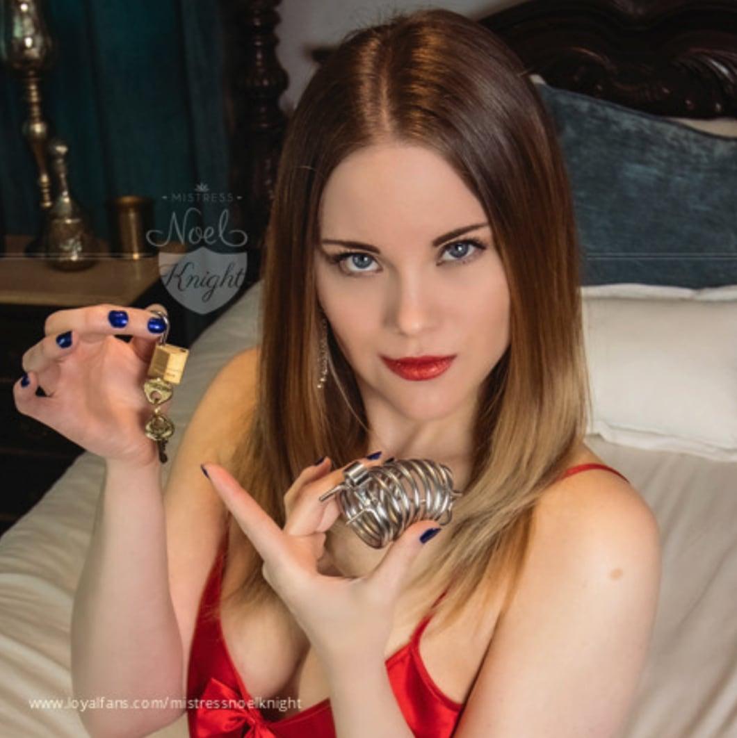 Mistress Noel Knight
