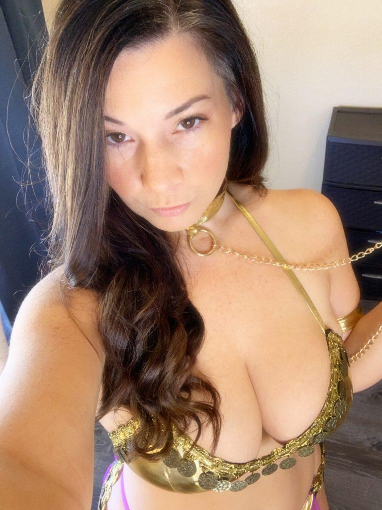 Victoria Raye Gold